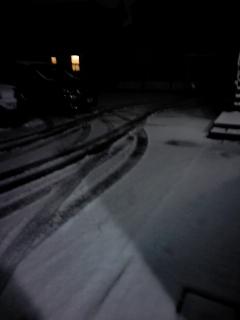 またまた、雪。そして、氷雨?